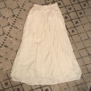 Urban Outfitters Off-White Maxi Skirt with Pockets